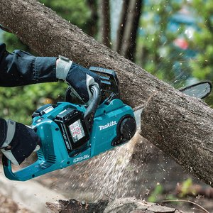 Makita DUC353 Chainsaw Norwich